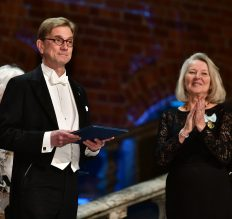 Ny svensk ledamot/New Swedish fellow