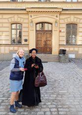 Ledamöterna Cecilia Nordin van Gansberghe och Anna Tibaijuka